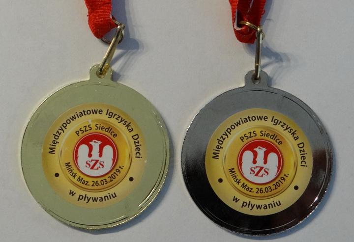 Sukcesy w pływaniu na zawodach Dzieci i Młodzieży Regionu Siedleckiego